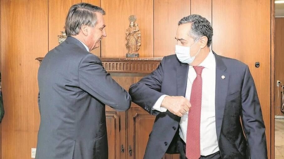 Presidente Jair Bolsonaro e ministro Luis Roberto Barroso