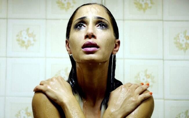 Camila Pitanga aparece nua no filme