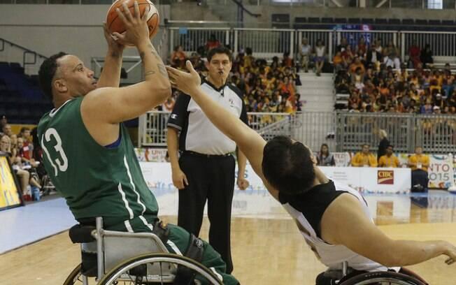Brasil perdeu a semifinal do basquete em cadeira de rodas por 70 a 54 para o Canadá