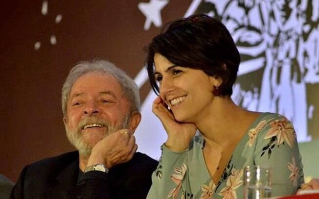 Manuela D'Ávila tem sido uma das pessoas mais influentes na esquerda após Lula se preso; PCdoB vai compor chapa petista