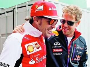 Campeões.  Fernando Alonso e Sebastian Vettel mudaram de equipe na temporada passada e terão o desafio de tentar voltar ao topo da categoria em 2015