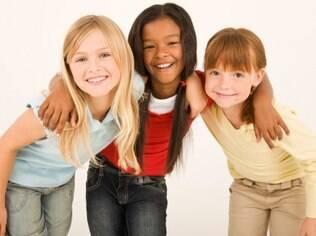 Promover encontros entre as crianças pode ser feito a partir dos 3 anos de idade