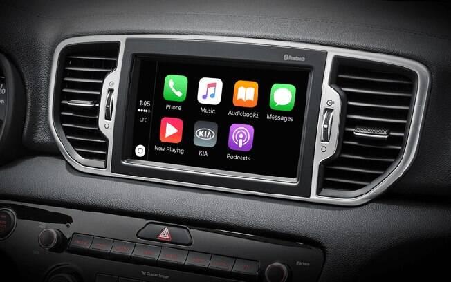 O Kia tem uma das centrais multimídia mais tecnológicas de segmento, com GPS integrado e reproduz arquivos MP4