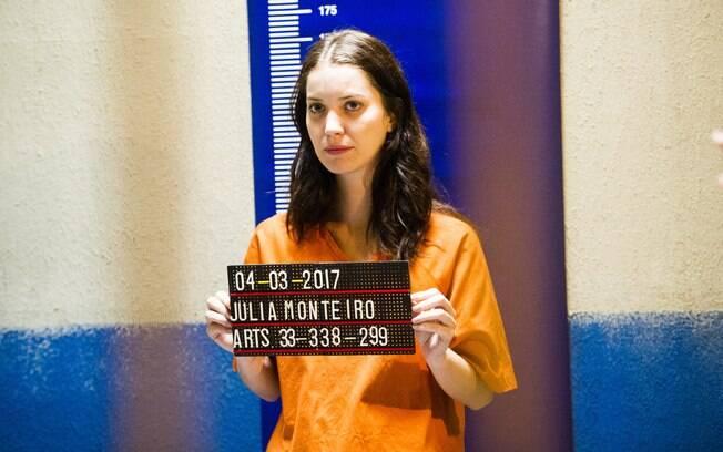 """""""Rock Story"""": Gui busca Lorena nos EUA para tentar livrar Júlia da cadeia"""