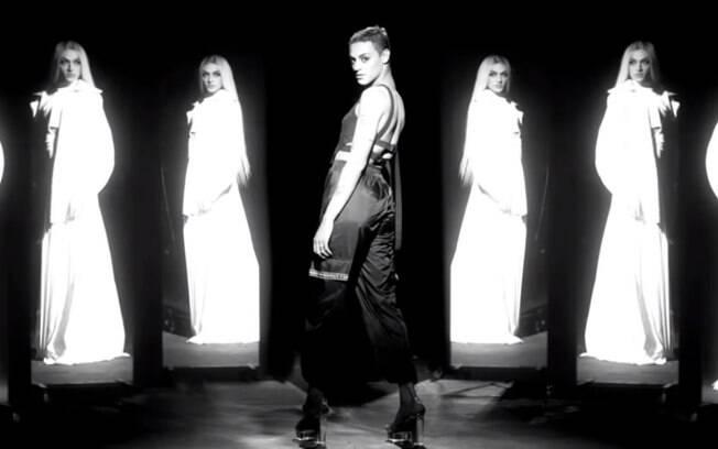 Pabllo Vittar foge do pop e lança clipe com temática forte e social
