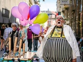 "Riso: o italiano Paolo Nani, que apresenta ""Jekill On Ice"" é destaque da programação"