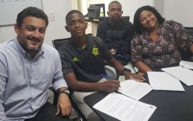Mãe de atleta do Flamengo foi vítima do Covid