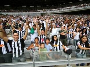 Público presente no estádio foi de 48.525 torcedores