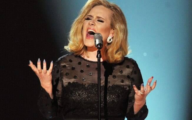 Artistas que não lançam álbuns há tempos e dão saudades! Adele lançou seu último álbum em 2015