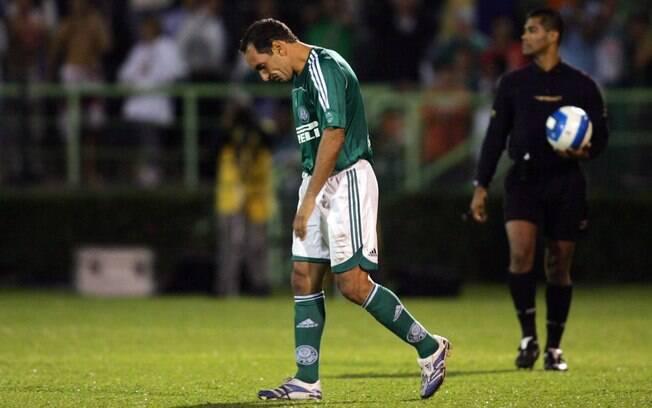 Edmundo: ídolo do Palmeiras, atacante teve  boa passagem pelo Corinthians em 1996, mas curta