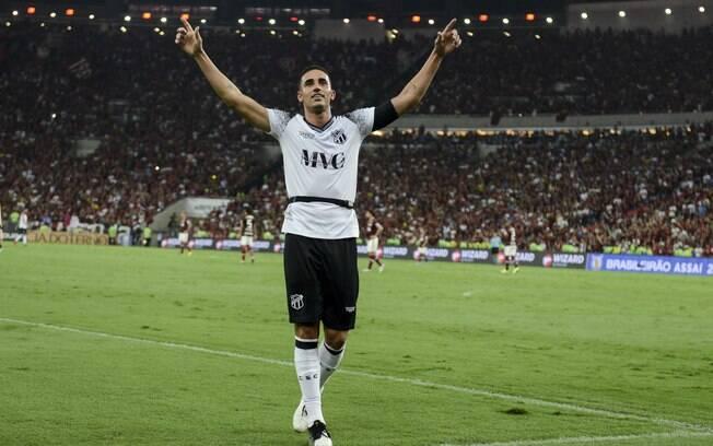 Thiago Galhardo marcou para o Ceará e tentou estragar a festa do Flamengo