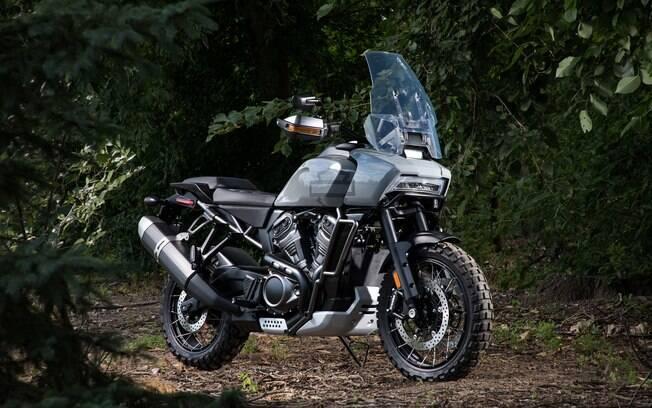 Mais do que as outras novas Harley-Davidson, a inédita Pan America 1250 aposta no mercado em ascensão das Trail