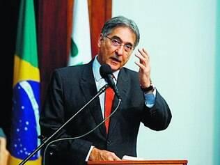 Fernando Pimentel conta com a reforma aprovada até o fim do mês