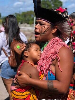 Liderança indígena Thyara Pataxó, de 28 anos.