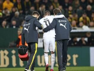 Reus deixou o campos aos 24 minutos de jogo