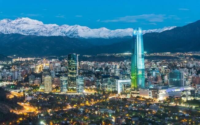 Santiago, no Chile, é um destino popular entre turistas brasileiros e conta com ótimo custo-benefício e não cobra o IVA