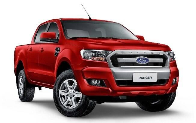 Eis a versão mais em conta com motor a diesel e câmbio automático, que parte de R$151.890