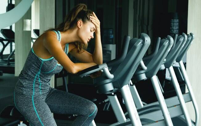 Tudo em excesso faz mal! Praticar exercícios demais pode ser prejudicial à saúde do corpo e da mente