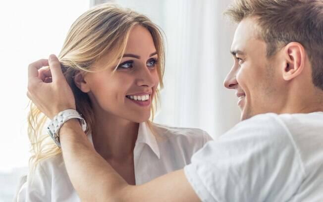 É importante manter a chama da atração acesa entre o casal