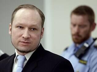 Anders Breivik, que matou 69 pessoas, admitiu treinar habilidades de tiro com videogames violentos