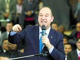 Pastor Everaldo promoveu o afastamento entre as igrejas e Dilma