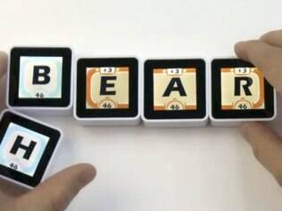 Alguns dos jogos são baseados em formação de palavras