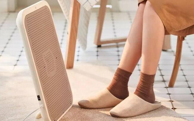 O dispositivo também pode ser utilizado para aquecer as pernas