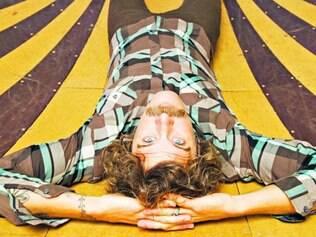 O cantor norte-americano Donavon Frankenreiter toca durante o Festival de Verão de Nova Lima, na Lagoa dos Ingleses