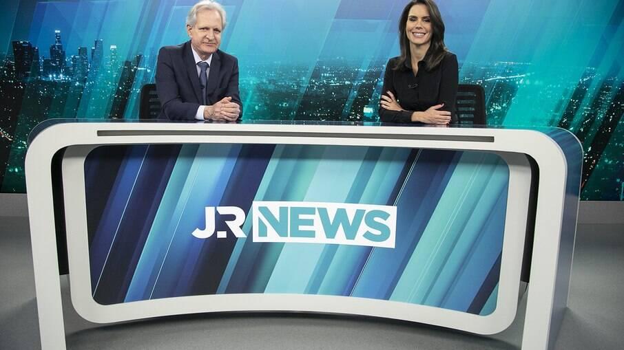 Augusto Nunes e Camila Busnello são os novos apresentadores do Jornal da Record News