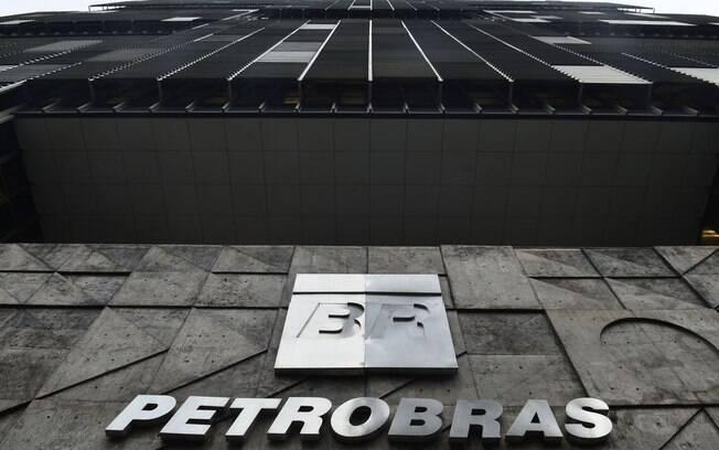 Valor seria transferido da Petrobras para o combate à pandemia de coronavírus