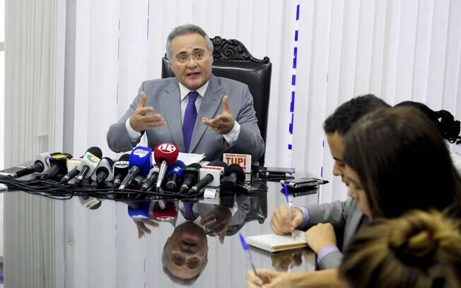 Crise entre os três poderes se acirrou depois que Renan Calheiros fez críticas a um juiz e ao ministro da Justiça