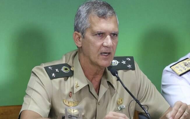 General Eduardo Garrido Alves justificou reestruturação das carreiras militares