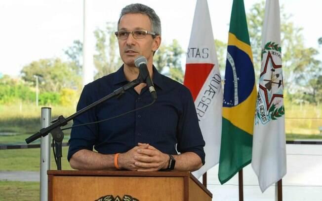 Governador de Minas Gerais, Romeu Zema, anunciou investimento em obras referentes à  educação do estado