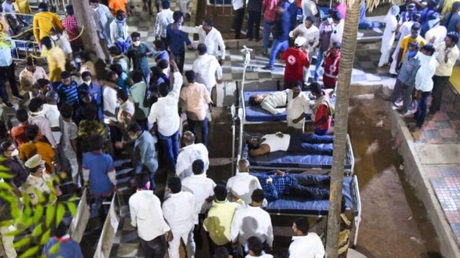 2000 pessoas estavam na arquibancada que desabou em Suryapet, cidade indiana