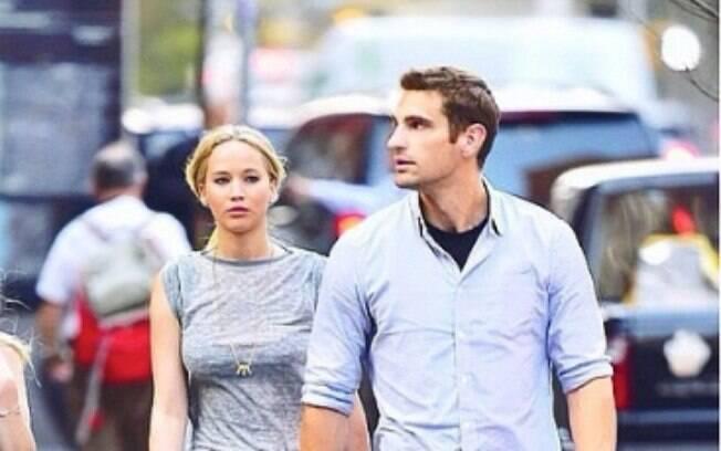 Greg faz a segurança da grande atriz Jennifer Lawrence