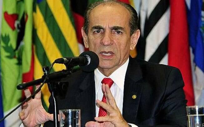 O relator, o deputado Marcelo Castro (PMDB-PI), se posicionou contrariamente ao distritão e não queria inclui-lo em seu relatório