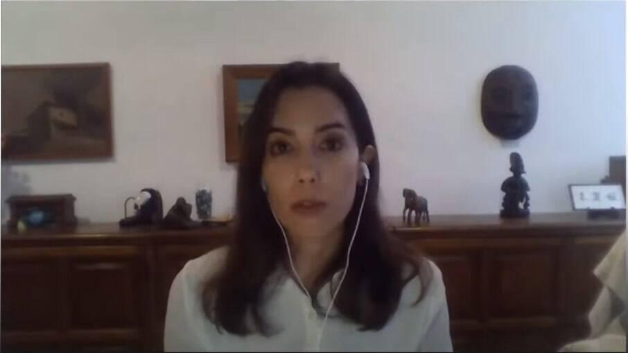 Julia Braga é professora da Universidade Federal Fluminense (UFF) e Pesquisadora na Associate Professor at Faculty of Economics