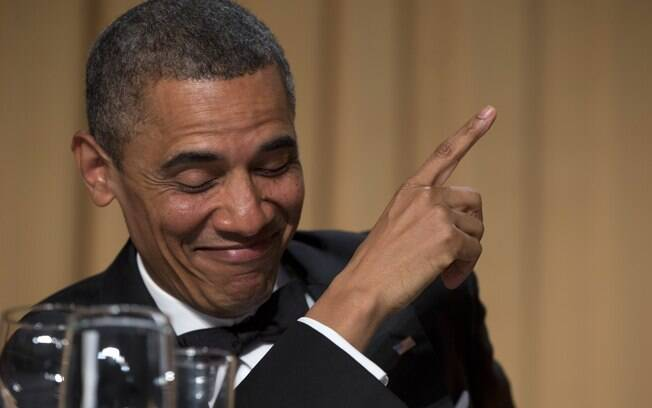 Obama brinca durante encontro com jornalistas na Casa Branca (27/4/2013)