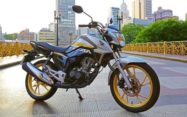 Honda CG Titan, em edição comemorativa, é pensada para dar mais personalidade e adereços com significados especiais