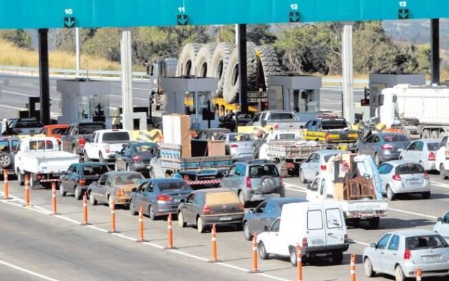Cabines automáticas dos pedágios multam veículos que ultrapassam a  velocidade de 40 km/h