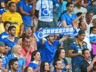 Empolgada. Os bons resultados e a liderança da tabela deixam a torcida celeste confiante na conquista do quarto título do Brasileirão
