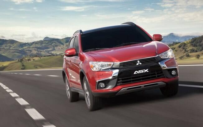 O SUV tem bom desempenho, mas a posição de dirigir é bem alta e câmbio CVT prioriza o conforto ao rodar