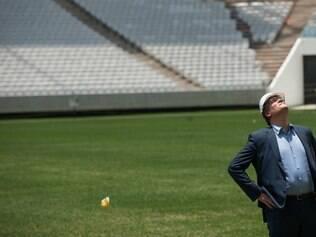 Em nova visita ao Brasil, Jérôme Valcke mostrou mais paciência quanto aos atrasos no Itaquerão