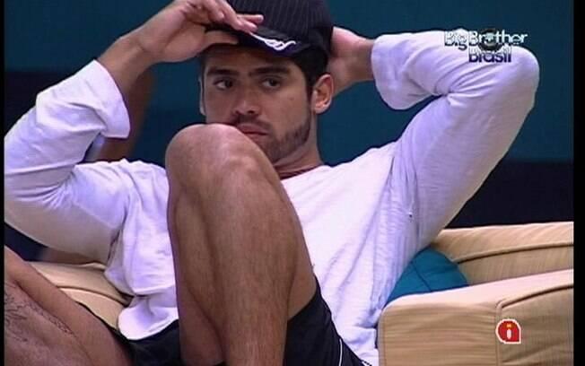 Yuri fala do jogo com João Carvalho