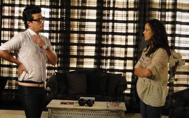 Patrícia pede à Crô que arrume o seu quarto e diz que voltará a morar na mansão