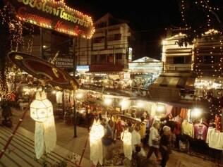 Tailândia. Bazar Noturno de Chiang Mai