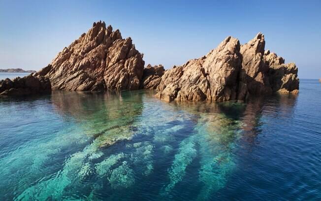 Isola Rossa, belo cenário a noroeste da Sardenha