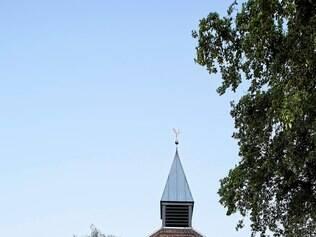 Reforma. A nova casa ganhou ares modernos, mas preservou características da igreja