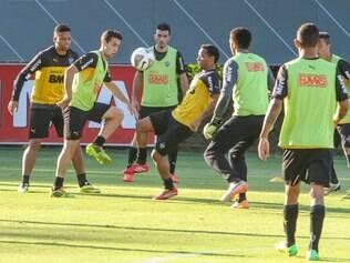 Rosinei pode ser o armador do Atlético na partida deste domingo, contra o Santos, em Cuiabá-MT