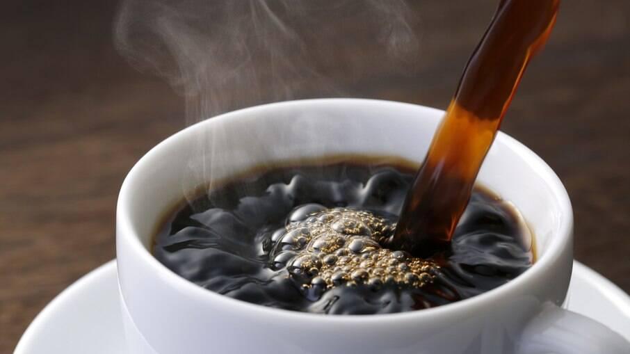 O café clássico é tudo para a manhã ou final da tarde